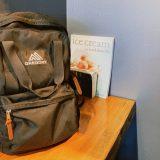 バンクーバーのカレッジでプログラミングを勉強している留学生の鞄の中身(macbookのスペック/リュックのブランドetc)